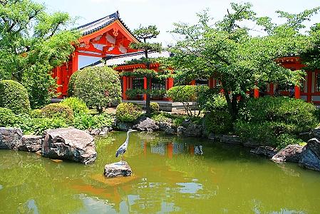 Landschaftsgarten im Sanjusangen-do-Tempel