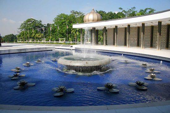 im Park am Nationalmuseum in Kuala Lumpur