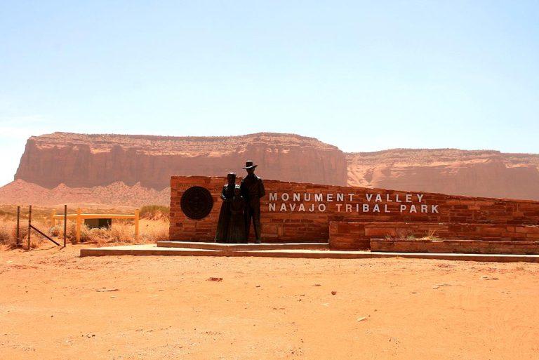 Eingang zum Monument Valley, es liegt in der Navajo-Nation-Reservation in der Nähe der Ortschaft Mexican Hat